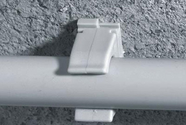 крепление металлопластиковые трубы