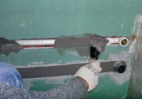 полипропиленовые трубы вполне можно спрятать в стене