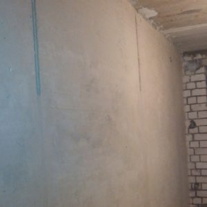 шпаклюем стены под покраску
