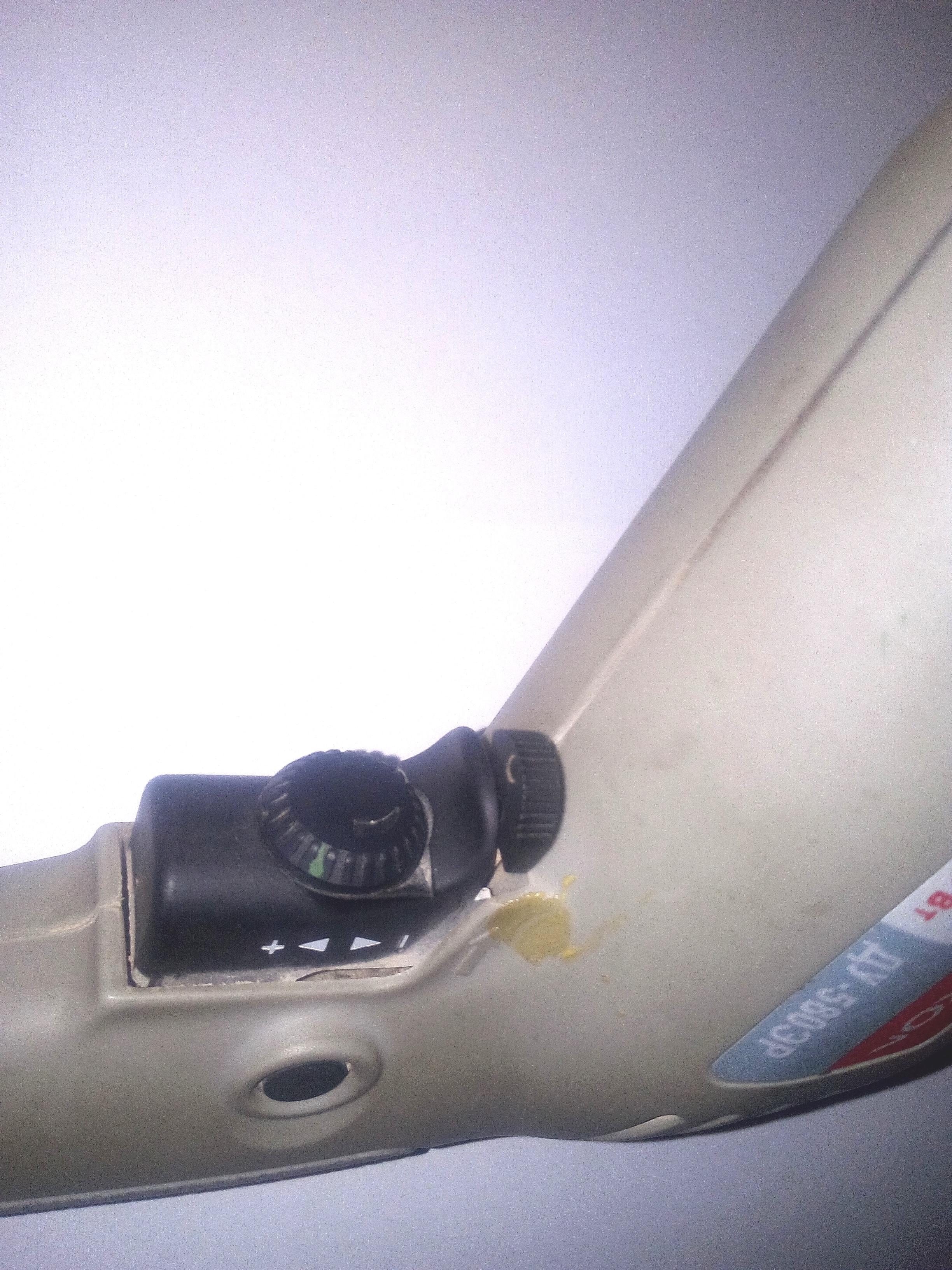 Электродрель-с-переключателем-напрвления-вращения-гогловки-дрели-min.jpg